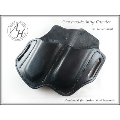 Crossroads OWB(outside the waistband) Magazine Carrier