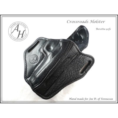 Crossroads OWB(outside the waistband) Holster